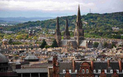 La splendida, ricca e civile Edimburgo